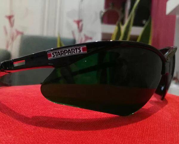 عینک کوهنوردی حرفه ای UV 99.99%