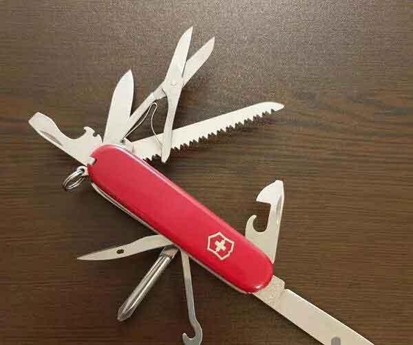 چاقو ی همه کاره ویکتورینوکس
