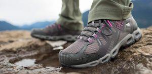 نکات مهم هنگام خرید کفش کوهنوردی زنانه